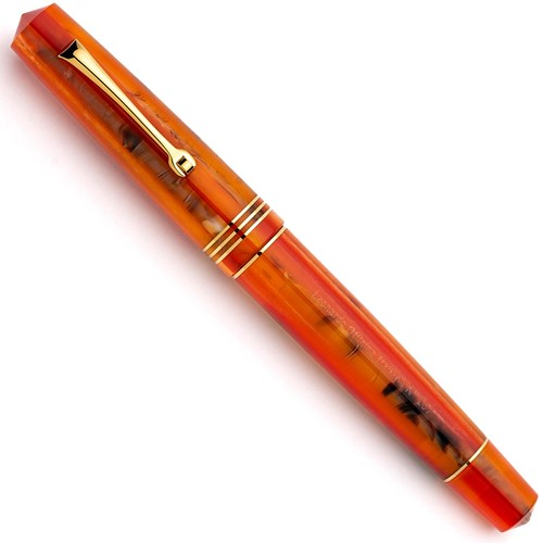 Leonardo Momento Zero Mango and gold trim fountain pen