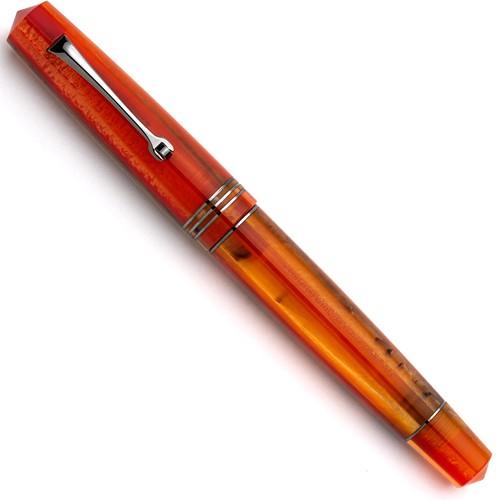 Leonardo Momento Zero Mango ruthenium trim fountain pen