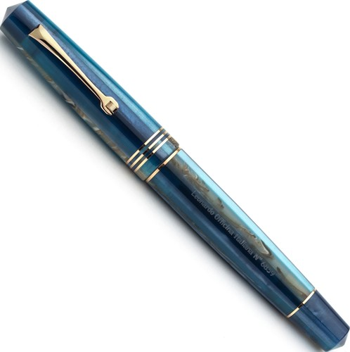 Leonardo Momento Zero blue Hawaii gold trim fountain pen