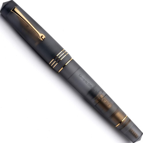 Leonardo Momento Zero Grande Pura Anthracite Grey gold fountain pen